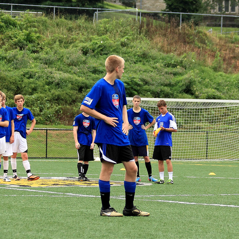 boys soccer camps picture