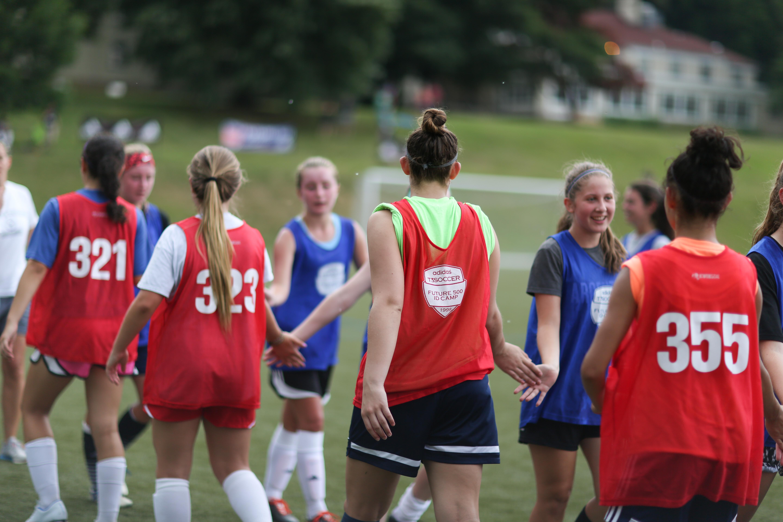 soccer showcase tournaments team pic